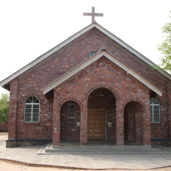Lubanda Church damage 2015-11-27 (2)